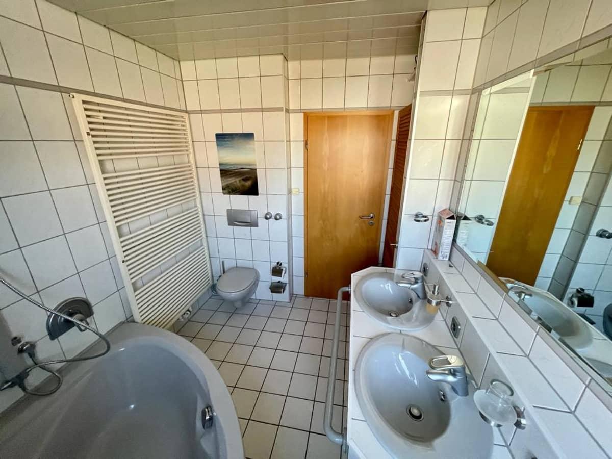 Badezimmer Obergeschoss 2