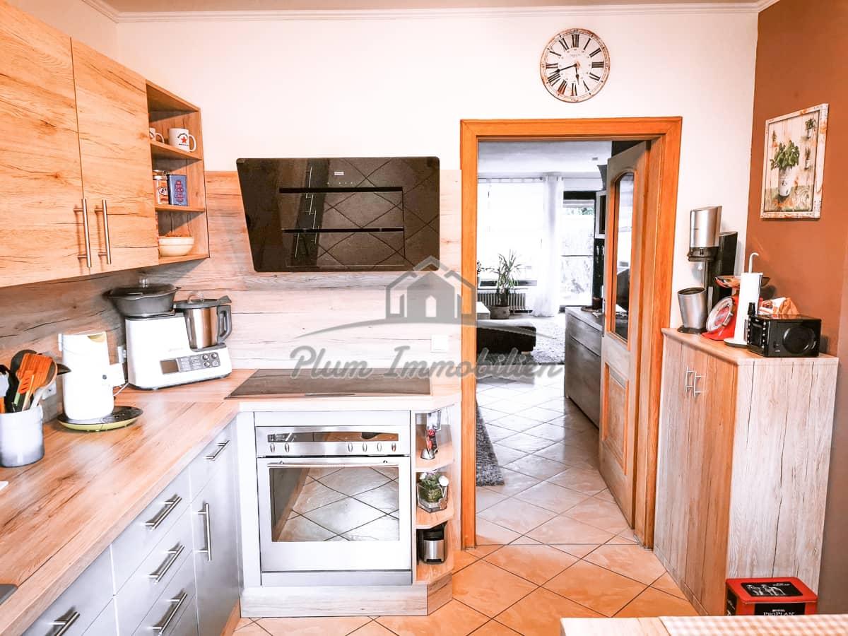 Küche mit Blick zur Essecke